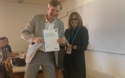 LE PROFESSEUR GRAHAM WINCH REÇOIT LE PRIX EMERALD BEST PAPER AWARD
